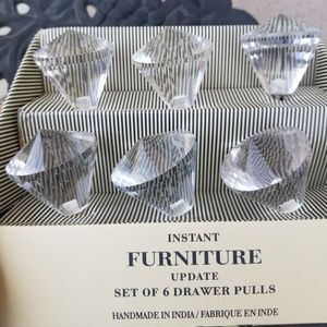 Set of 6 Clear Drawer Pulls knobs NEW